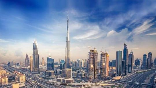 UAE là nước nào? Quốc gia giàu thứ 9 thế giới có gì?