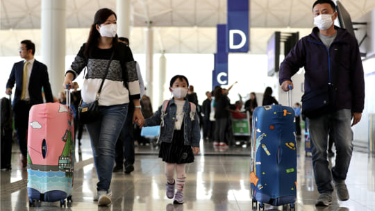 Việt Nam tạm dừng miễn visa cho 8 nước châu Âu vì COVID-19